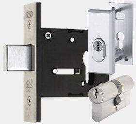 slotenmaker-utrecht-bijzet-insteekslot-sloten-vervangen